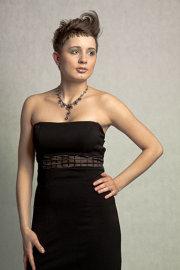 Mała Czarna Sukienka szyta na miarę
